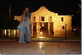 Alamo Noite Deninho & Li
